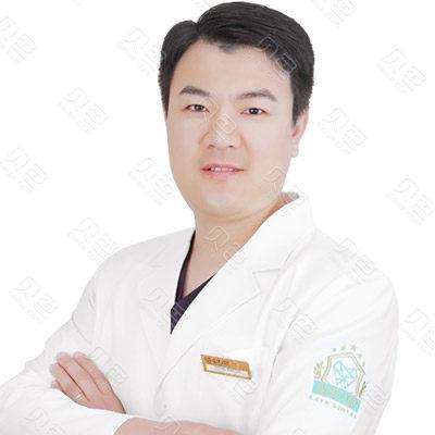 金华口腔种植医生:刘洪彬